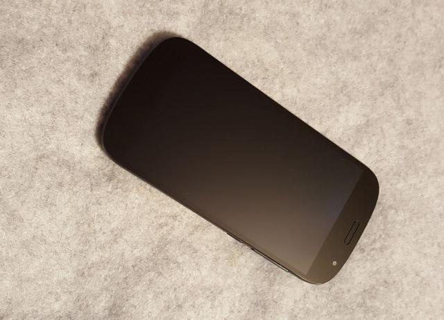 yotaphone2yd20628
