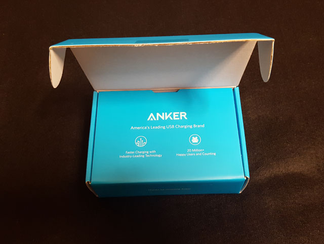 anker-powercore-5000-02