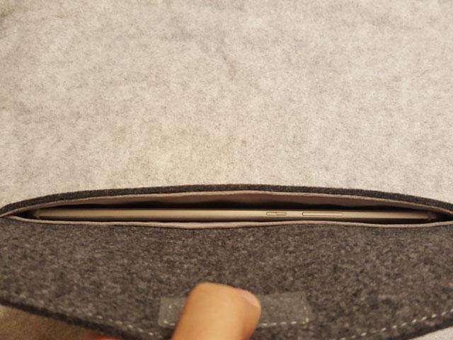 Huawei MediaPad M3 スリップインケース