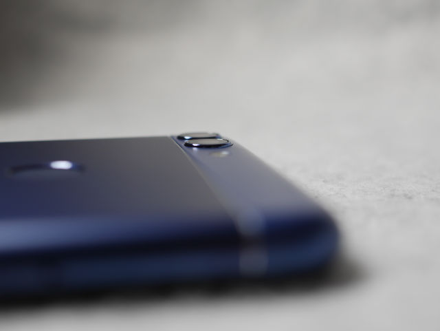 Huawei nova 2 Lite 外見