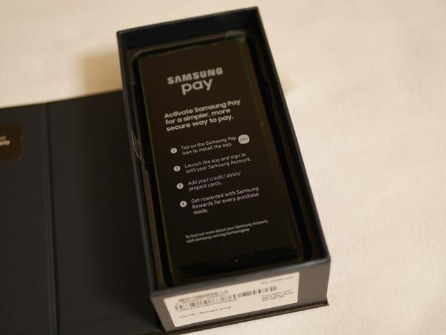 Galaxy S9+ パッケージ