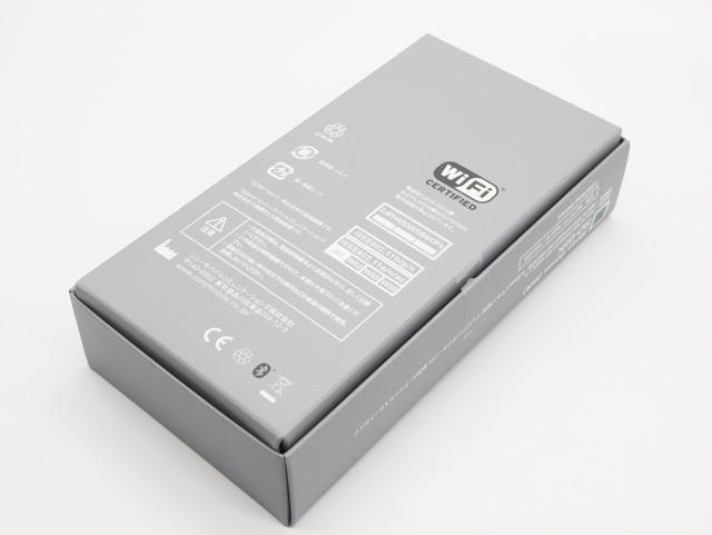 Xperia XZ2 Compact パッケージ