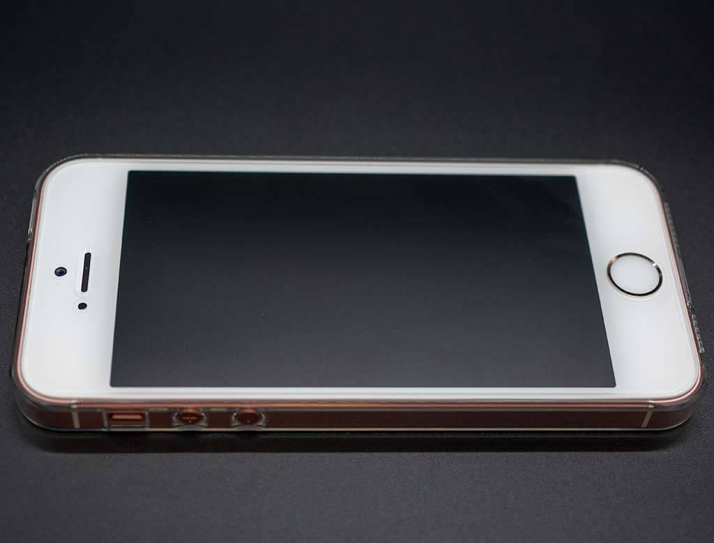 iPhone SE アクセサリー
