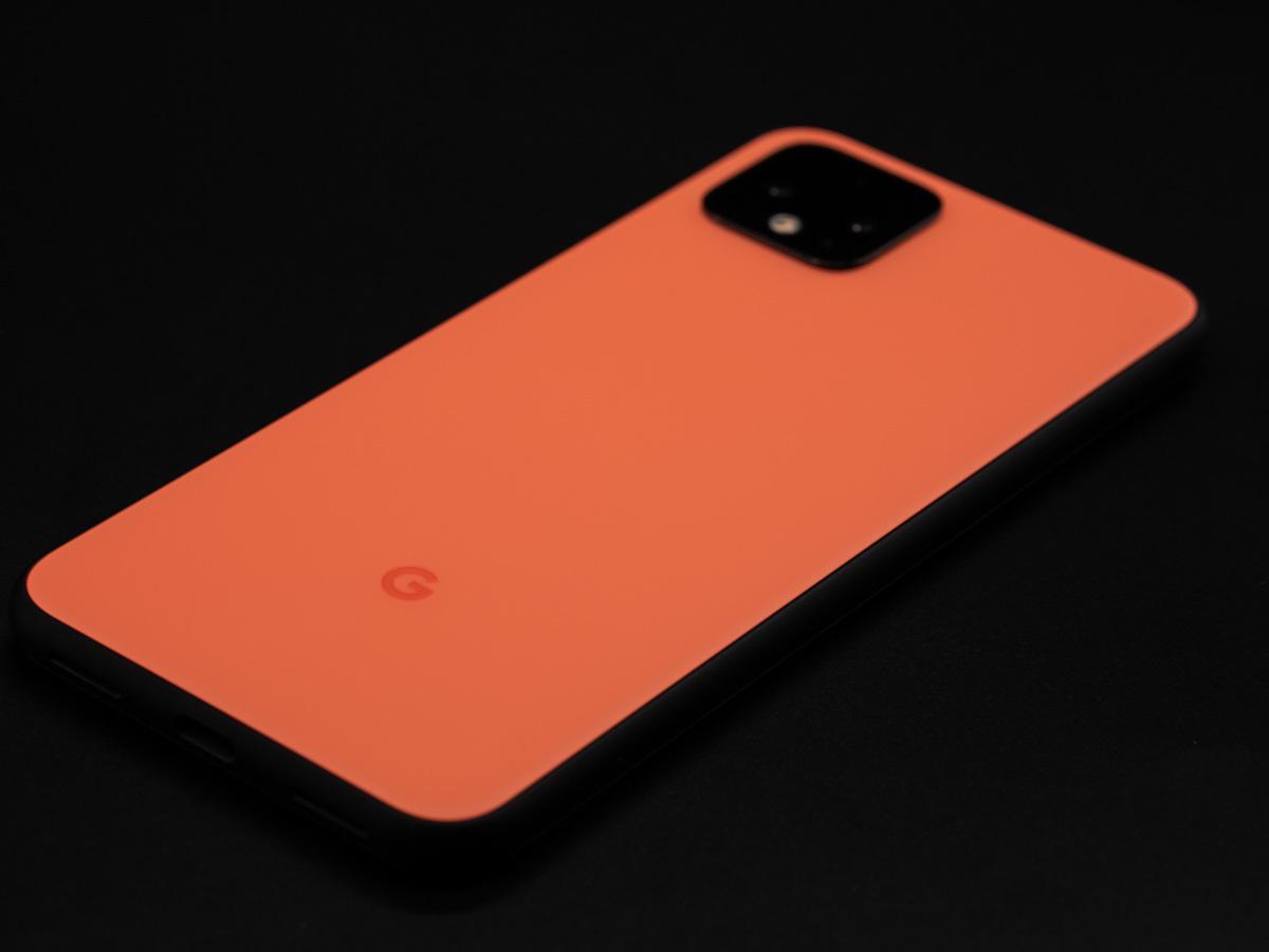 Pixel 4 ケース google